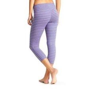 Athleta  Chaturanga Capri | Purple/Gray Stripe | M